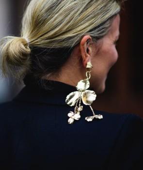 0p5n8r-l-610x610-jewels-tumblr-statement+earrings-earrings-jewelry-fashion+week+2017-streetstyle