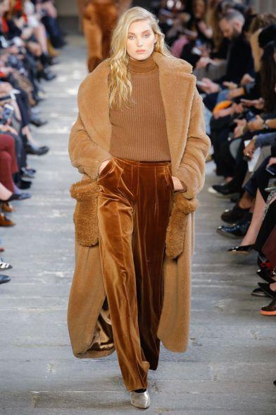 192dd9194c898d5d379ef4b625cf33b8---fashion-runway-catwalk-