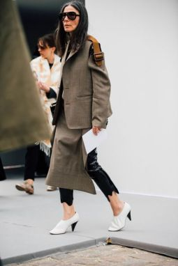 30af62e823ca8db31489842f866dd879--street-style-trends-paris-street-styles