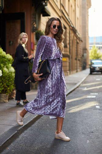 8e8dbf583f9aaf77cd015766748ab077--velvet-dresses-purple-velvet-dress