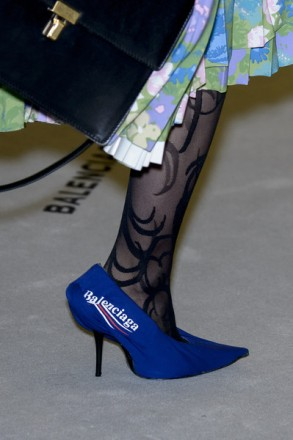 Balenciaga-shoes-fall-winter-2017-2018-14