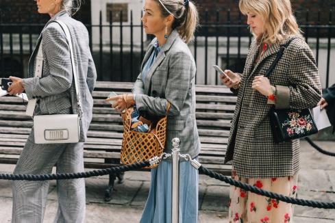 best-blazers-street-style-fall-2017-habituallychic-001
