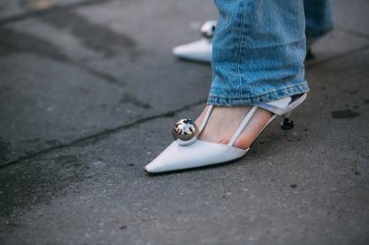 paris-fashion-week-street-style-prada-at-chloe-2