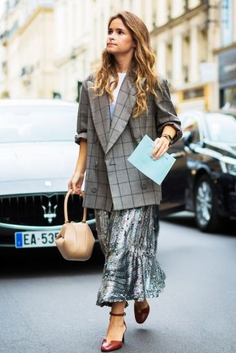 this-street-style-look-shows-how-to-wear-sequins-to-work-1891776-1473054575.640x0c
