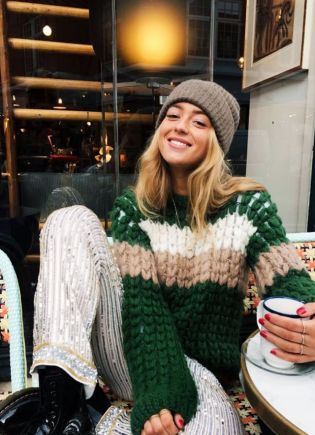 christmas-day-outfits-240959-1509711116025-image.640x0c