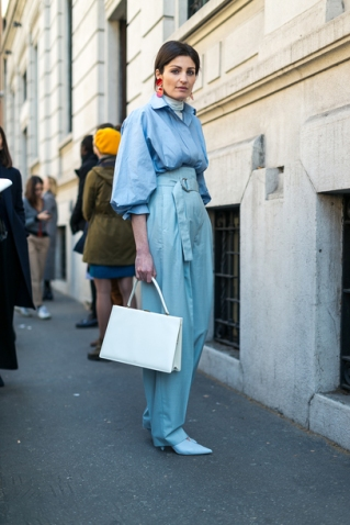 m0n8iy-l-610x610-pants-tumblr-baggy-baggy+pants-blue+pants-high+waisted+pants-shoes-blue+heels-bag-white+bag-shirt-blue+shirt-puffed+sleeves-turtleneck-white+turtleneck-earrings-accessor