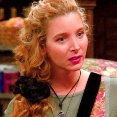 phoebe-friends-scrunchie