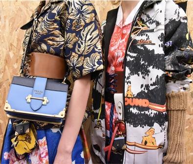 A-Closer-Look-Prada-Cahier-Bag-2
