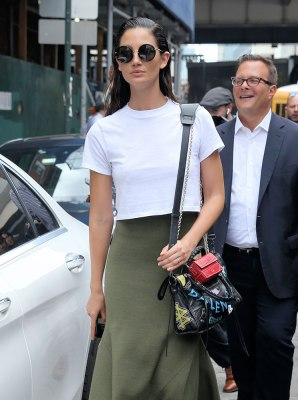 Lily-Aldridge-Balenciaga-Graffiti-City-Bag