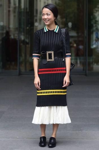 4.-Wide-Belt-With-Cute-Dress