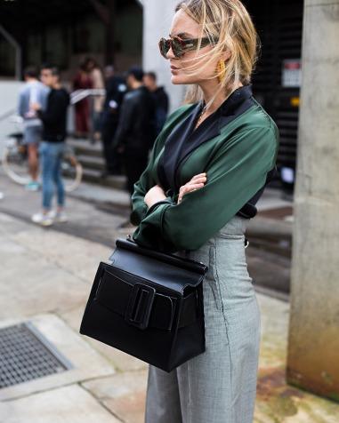 street-style-boyy-bag-black
