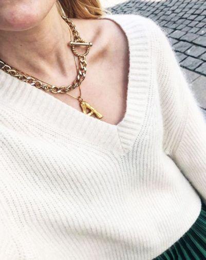 celine-alphabet-necklaces-256715-1525424764984-image.640x0c