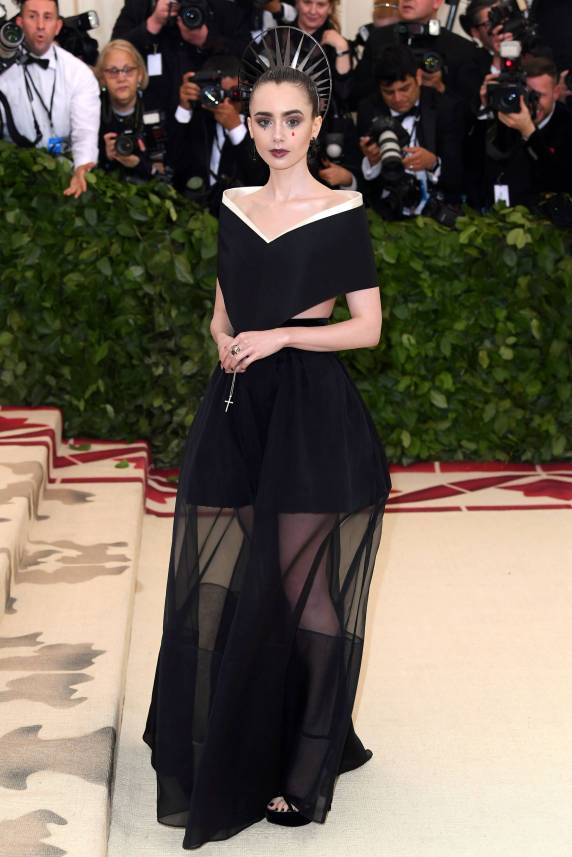 Givenchy - Lily Collins