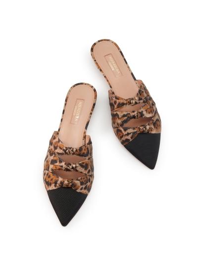 Aquazzura-Slides-mules-Mondaine-mule-flat-Blackcaramel-Gros-grainjacquard-leopard-Back