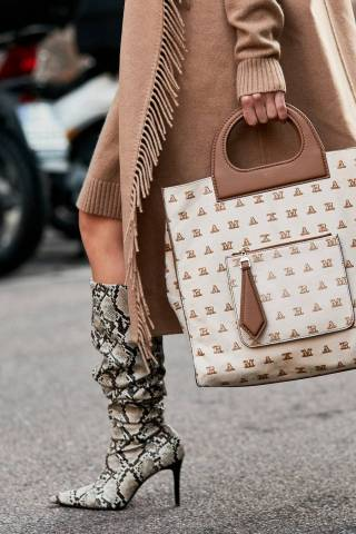 fashion-week-street-style-accessories-269118-1538490710005-image.900x0c