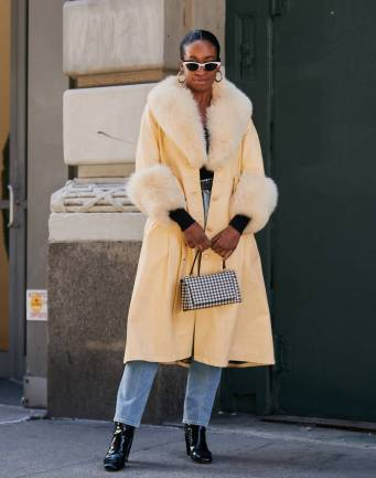 new-york-fashion-week-street-style-february-277246-1549883995592-image.900x0c