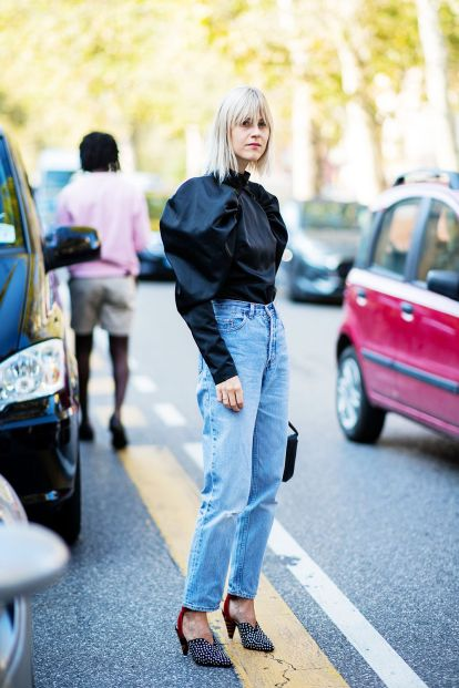 how-to-wear-straight-leg-jeans-271528-1541088390416-image.1000x1500uc